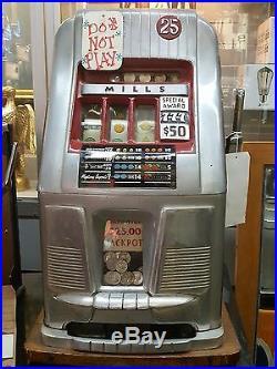 Vintage 1947 Mills Special Award 777 25 Cent Slot Machine