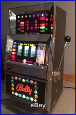 Vintage 1960's BALLY 25 Cent 873 Series Quarter Slot Machine Model 9821