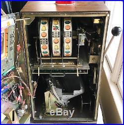 Vintage 1970s Jennings Chief 5-Cent Slot Machine Atlantic City, New Jersey