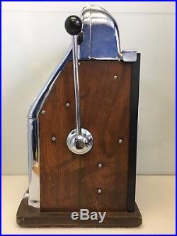 Vintage Arrow-Head Mills High Top Quarter Slot Machine 3-Reel 1940's