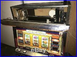 Vintage Casino Japanese Continental 2 II Slot Machine w Key Works Great! (video)