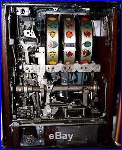Vintage Hand-Carved Bandit Character Slot Machine, 1947 $50 Special Award 777