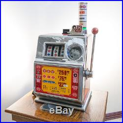 Vintage Harolds Club 25 cent Slot Machine