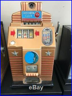 Vintage Jennings $. 05 Silver Moon Club Slot Machine Recently Serviced