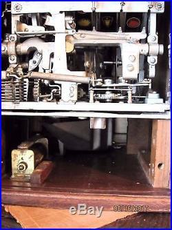 Vintage Jennings 25 cent Slot Machine