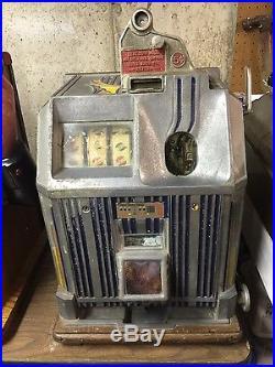 Vintage Jennings 5 Cent Slot Machine