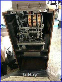 Vintage Jennings Nickle Sun Chief Club Console Antique Slot Machine