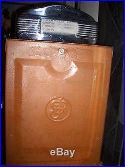 Vintage Jennings Quarter Slot Machine