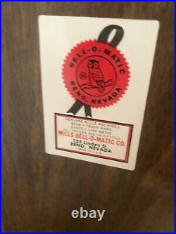 Vintage MILLS BELL-O-MATIC Howard Johnsons 5 Cent 3 Reel SLOT MACHINE -WORKS