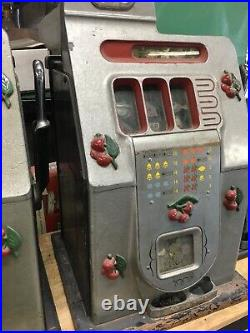 Vintage Mills 5 Cent BLACK CHERRY Mechanical Slot Machine 1940s Works And Pays