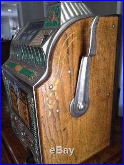 Vintage Mills Novelty Company Goose Neck 25¢ Slot Machine
