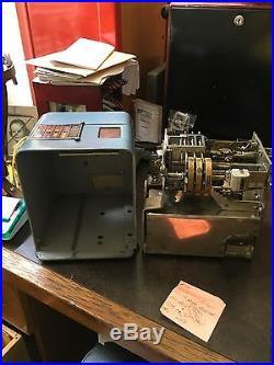 Vintage Mills Vest Pocket 5 cent Slot Machine. PRICE DROP $155.00