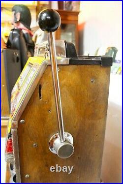 Vintage Mills War Eagle Slot Machine 25-cent Floor Stand Model