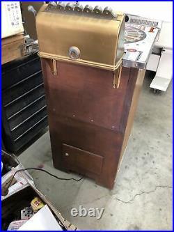 Vintage Nickel Slot Machine