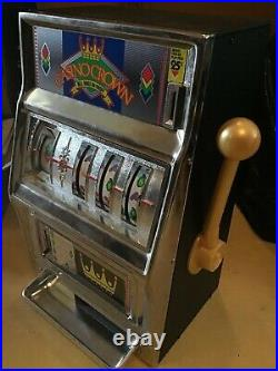 Vintage Waco Casino Crown Novelty Slot Machine 25 Cent Coin. Working