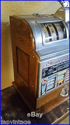 Vtg 1920s Antique JENNINGS MINTS of QUALITY SLOT MACHINE 5 CENT Candy Vendor