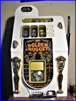 Vtg Mills Bell Golden Nugget The Doll 25-Cent Quarter Slot Machine Stand Stool
