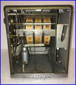 Zephyr Circa 1937 Trade Stimulator & Gumball Vendor